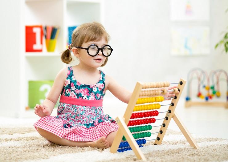 Mądry wybór zabawek – przewodnik dla sklepów i księgarń